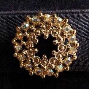 Stunning vintage broach/pin gold tones *sparkles*